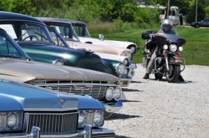 Alte Straßenkreuzer zum Verkauf: bei Springfield, Illinois.
