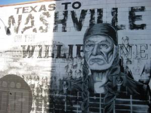 Wandmalerei mit Willie Nelson, der Country-Legende.
