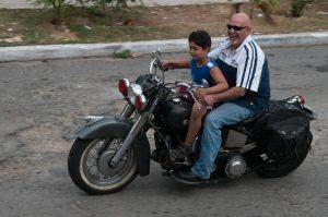 Camillo mit seinem Sohn...
